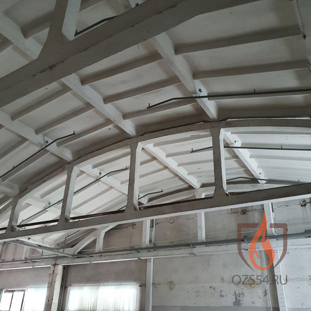 Монтаж водяной системы пожаротушения в здании с полукруглыми потолками